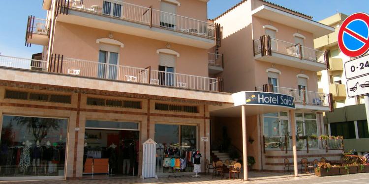 Offerta Hotel Sara In Pensione Completa A Rimini