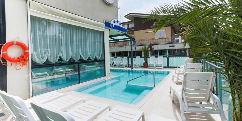 Offerte Mezza Pensione Hotel De Londres Riccione