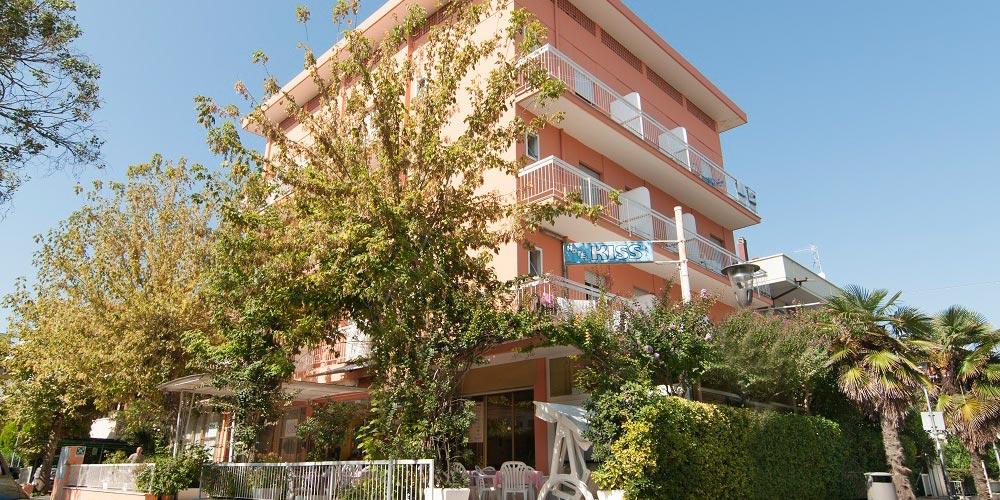 offerta all inclusive in hotel 2 stelle a riccione in zona tranquilla