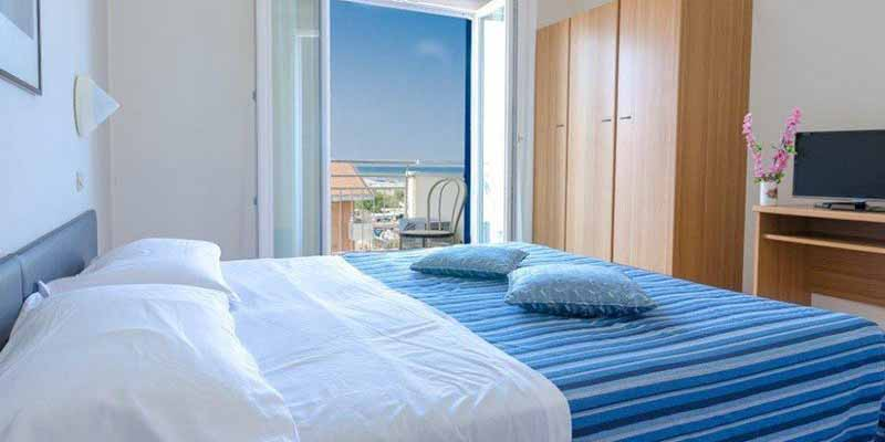 Offerte Mezza Pensione Hotel Los Angeles Riccione