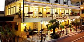 Hotel Tura's