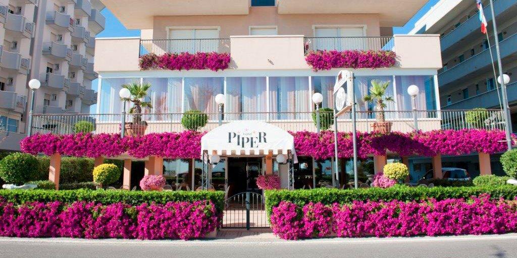 Offerta Pensione Completa Hotel 3 stelle Rimini Torre Pedrera